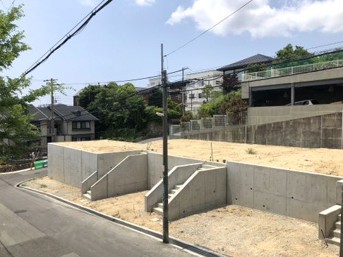 A lot sold in Nishimomiya City located in Hyogo Prefecture. Real Estate Land
