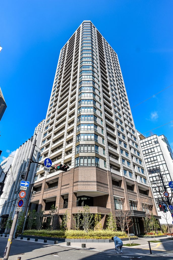Crevia Tower Osaka Honmachi