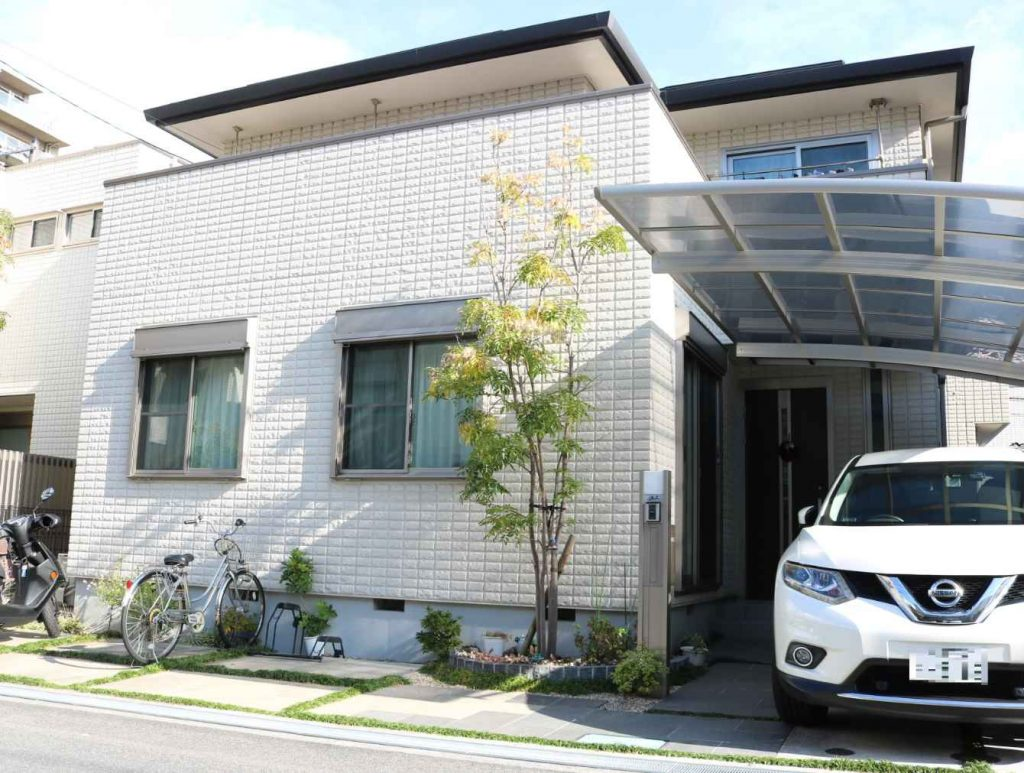 A single family home which was sold in November. Location Toyonaka City.