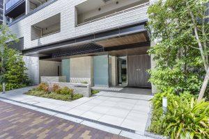 The entrance to Proud Minami Horie, Nish-ku, Osaka City.